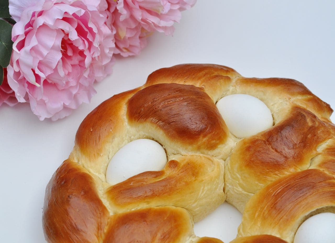 easter bread easter bread ring how to make braided easter egg bread ...