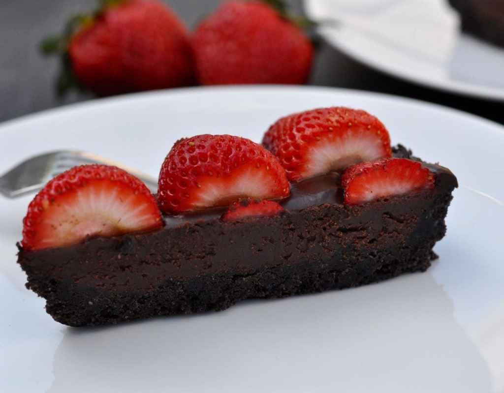 Strawberry chocolate tart dessert