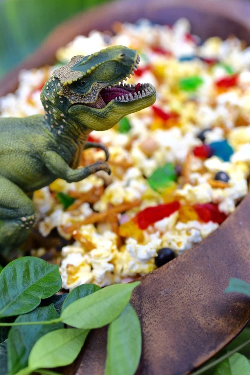 Dinosaur Snack Mix for a Dinosaur PartyMake Life Lovely