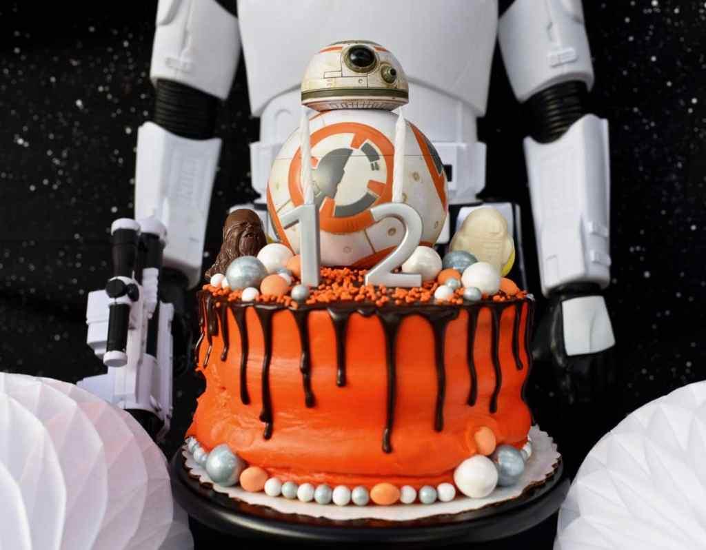 Star Wars BB-8 cake