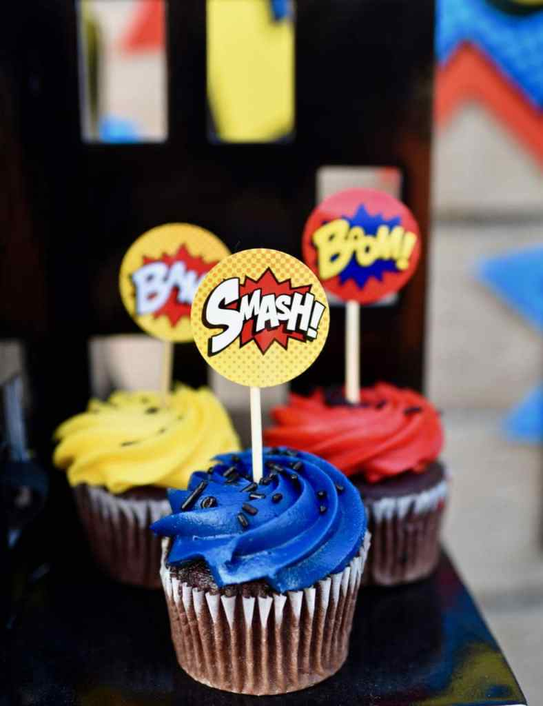 LEGO Batman party food cupcakes