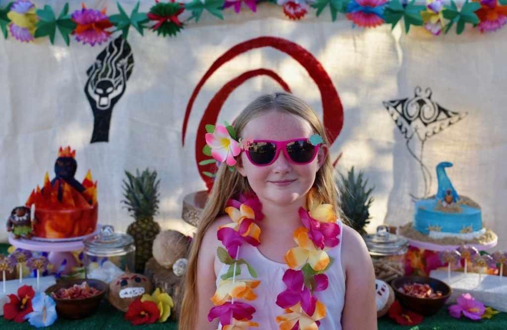 Moana birthday party activity DIY sunglasses with Cricut