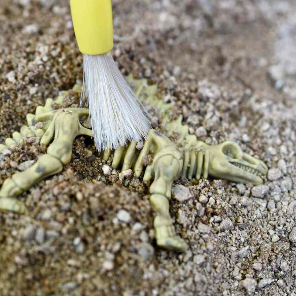 DIY dinosaur dig activity for dinosaur birthday