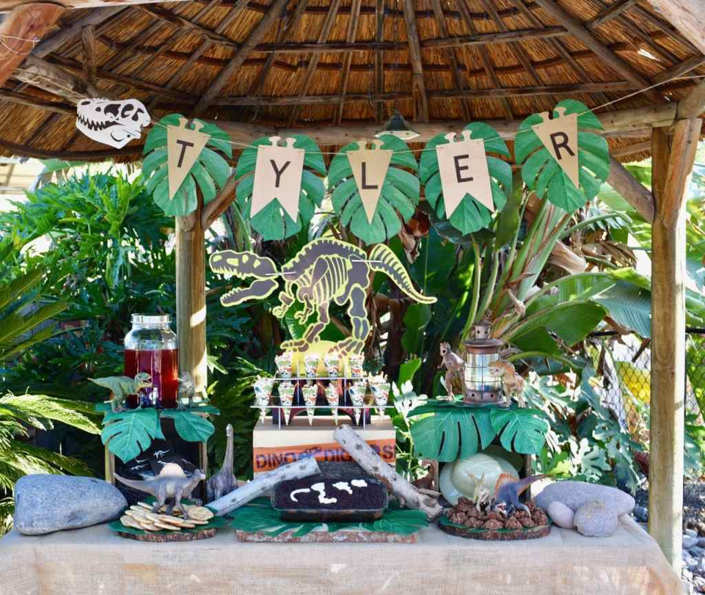 Dinosaur party ideas for dinosaur decorations, food, cake, and more!