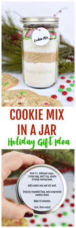 Cookie mix in a jar holiday gift idea. Make this simple and inexpensive Christmas gift for everyone on your list this year!