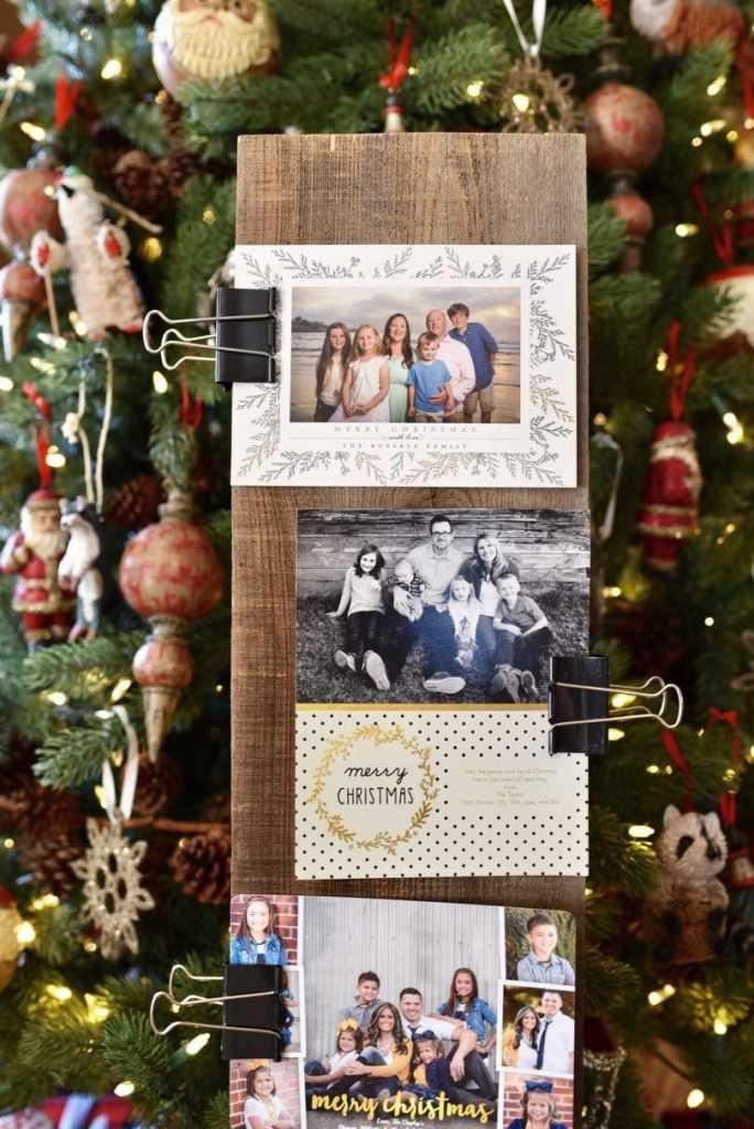 5 Minute DIY Christmas card holder