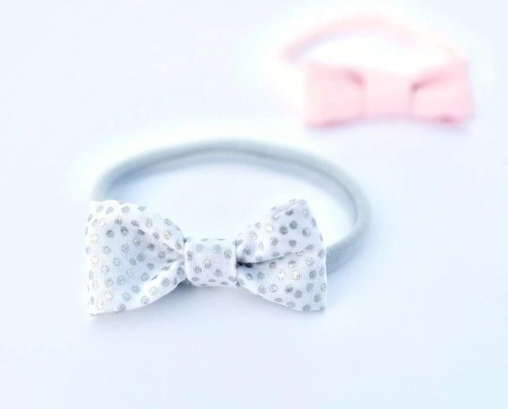 Easy bow headbands for babies with nylon headbands