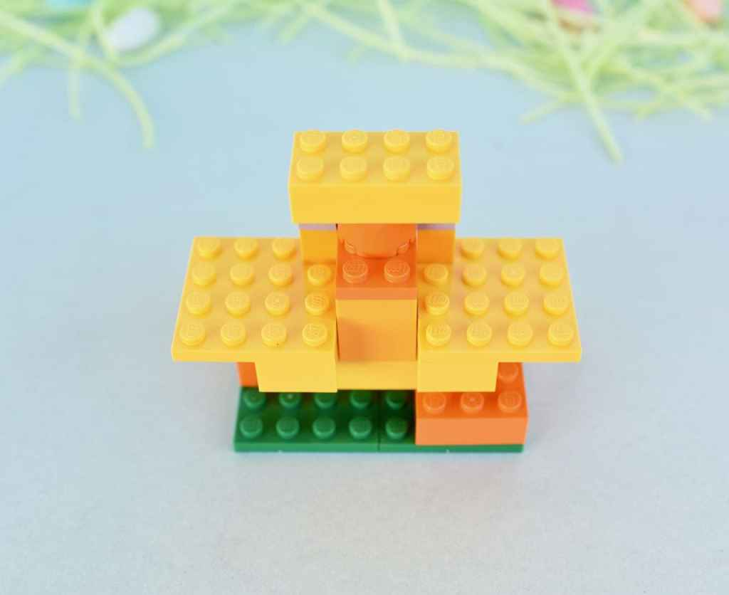 LEGO Easter chick build instructions