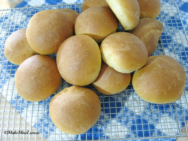 ©MakeMIneLemon - Easy Yeast Rolls - A Baker's Dozen or More