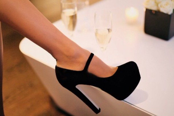 classic black heels pumps fashionable india