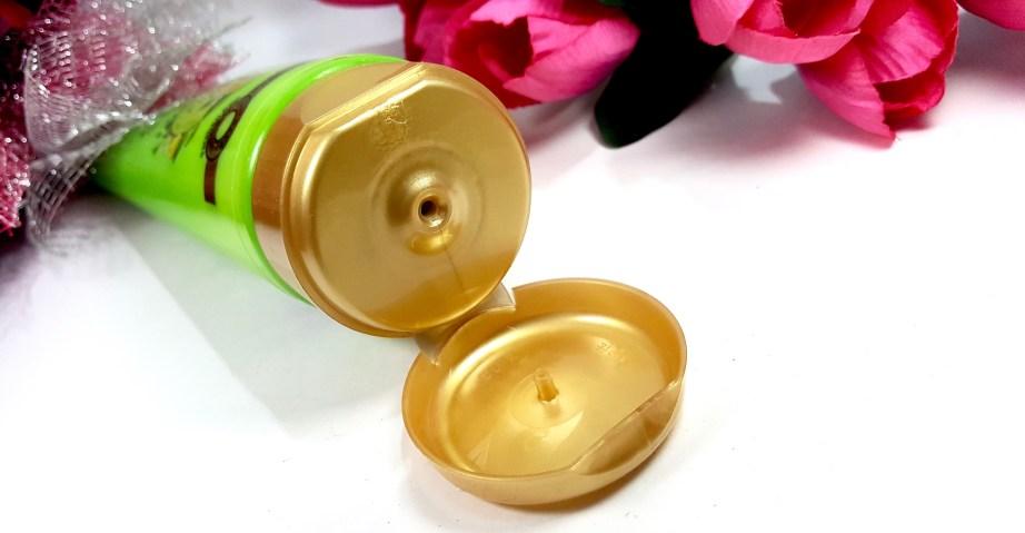 Garnier Ultra Blends 5 Precious Herbs Oil In Cream Oil Replacement Cream Review mbf beauty blog