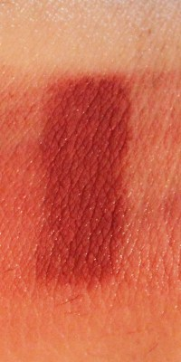 Lipland Matte Lip Crayon Lipstick Nicol Concilio Zoey Review Swatches smudge