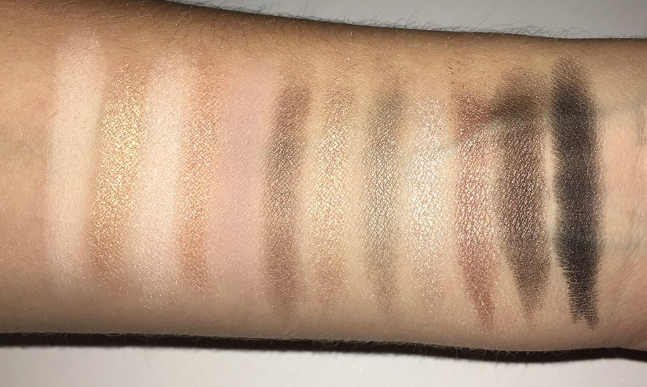 Urban Decay Naked 2 Eyeshadow Palette Review Swatches with flash