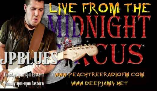 LIVE from the Midnight Circus 3/10/2015