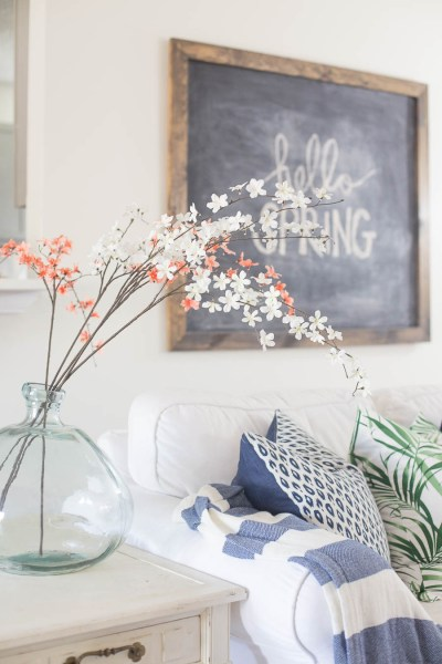 Living Room Spring Decorating Inspiration and Ideas