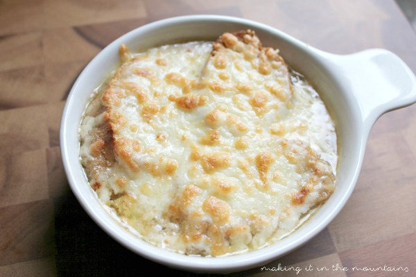 The Best French Onion Soup EVER!  Seriously!!!