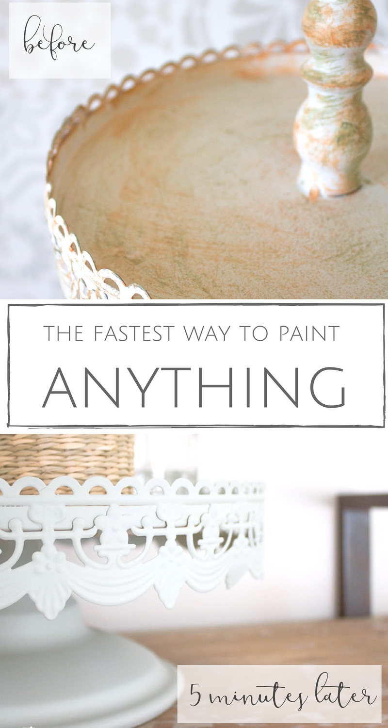 Ahhhh, the incredible power of paint! I can't wait to show y'all how I completely transformed this farmhouse style tray in less than 5 minutes with the fastest and easiest coat of paint ever!