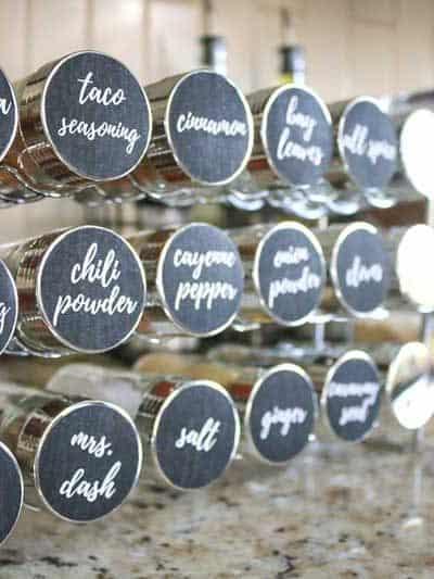 Brilliant Spice Cabinet Organization (and free printable spice jar