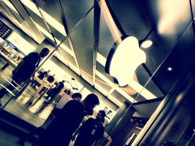 Apple Store Dresden 00