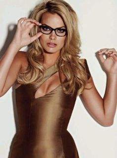Margot-Robbie-new-photos-2014-35