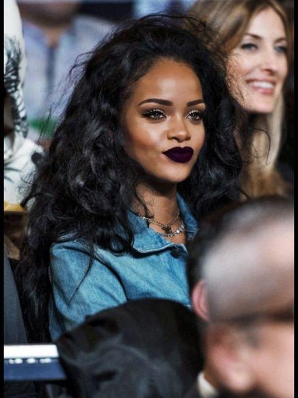 Rihanna-19