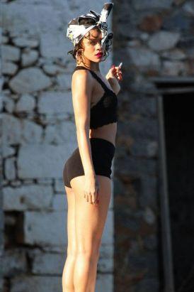 Rihanna-62