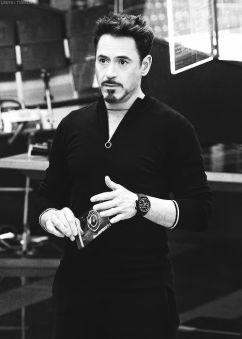 Robert-Downey-Jr-35