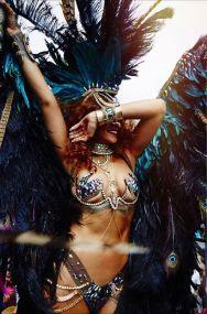 rihanna-barbados-carnival-2015-5