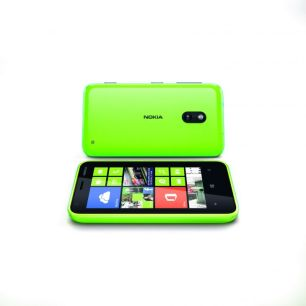 nokia_lumia_620_lime-green-front-and-back
