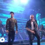 Chino & Nacho – Andas En Mi Cabeza (En Vivo Desde Premios Lo Nuestro)