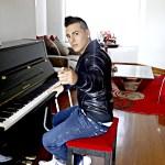 """JR La Melodia Presenta Nuevo Sencillo """"Pecado de Amor"""" Disponible Este 15 de Julio"""