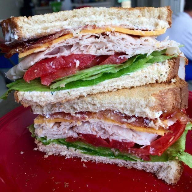 macro-friendly turkey bacon ranch lunch
