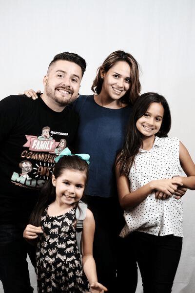 Reality Changers Jorge, Nancy, Alexa (1 yrs old) and Eliana (6yrs old)