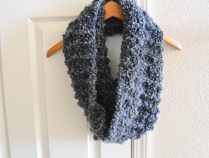 TALL Eiffel Cowl ? Beginner Knitting Pattern