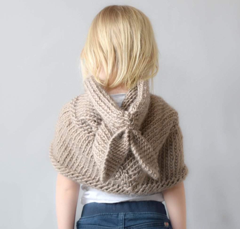 Hooded Scarf Knit Pattern Easy : Knit Cowls and Scarf Patterns
