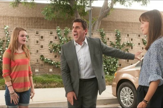 Jennifer Garner, Steve Carell and Kerris Dorsey in the movie Alexander and the Terrible, Horrible, No Good, Very Bad Day