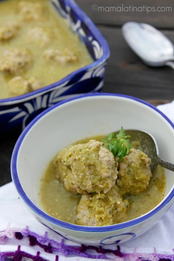 Turkey albondigas with green sauce by mamalatinatips.com