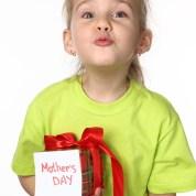 Micro-trottoir #1 : Ce que vous voulez VRAIMENT pour la fête des mères !