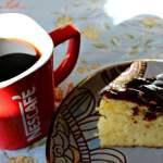 Anécdotas y lazos en el café de sobremesa