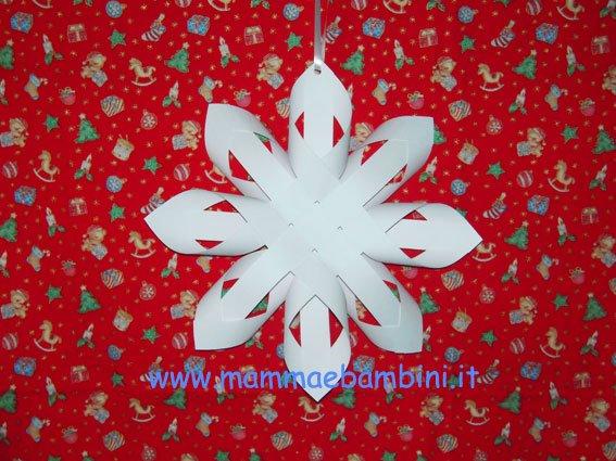 Stella di Natale di carta in natale