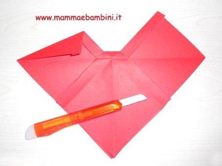 Fiocco di carta con origami (II parte) in lavoretti e addobbi
