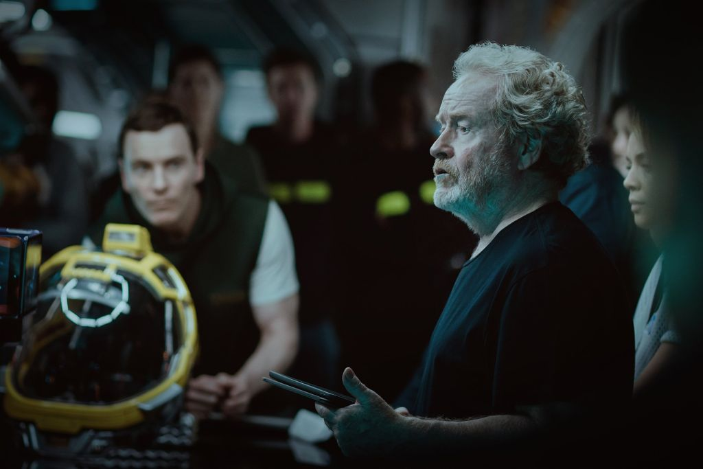 Alien: Covenant, ecco Ridley Scott e Michael Fassbender sul set