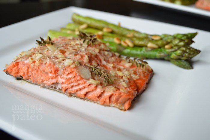 Almond Crusted Salmon with Lemon Asparagus – Mangia Paleo