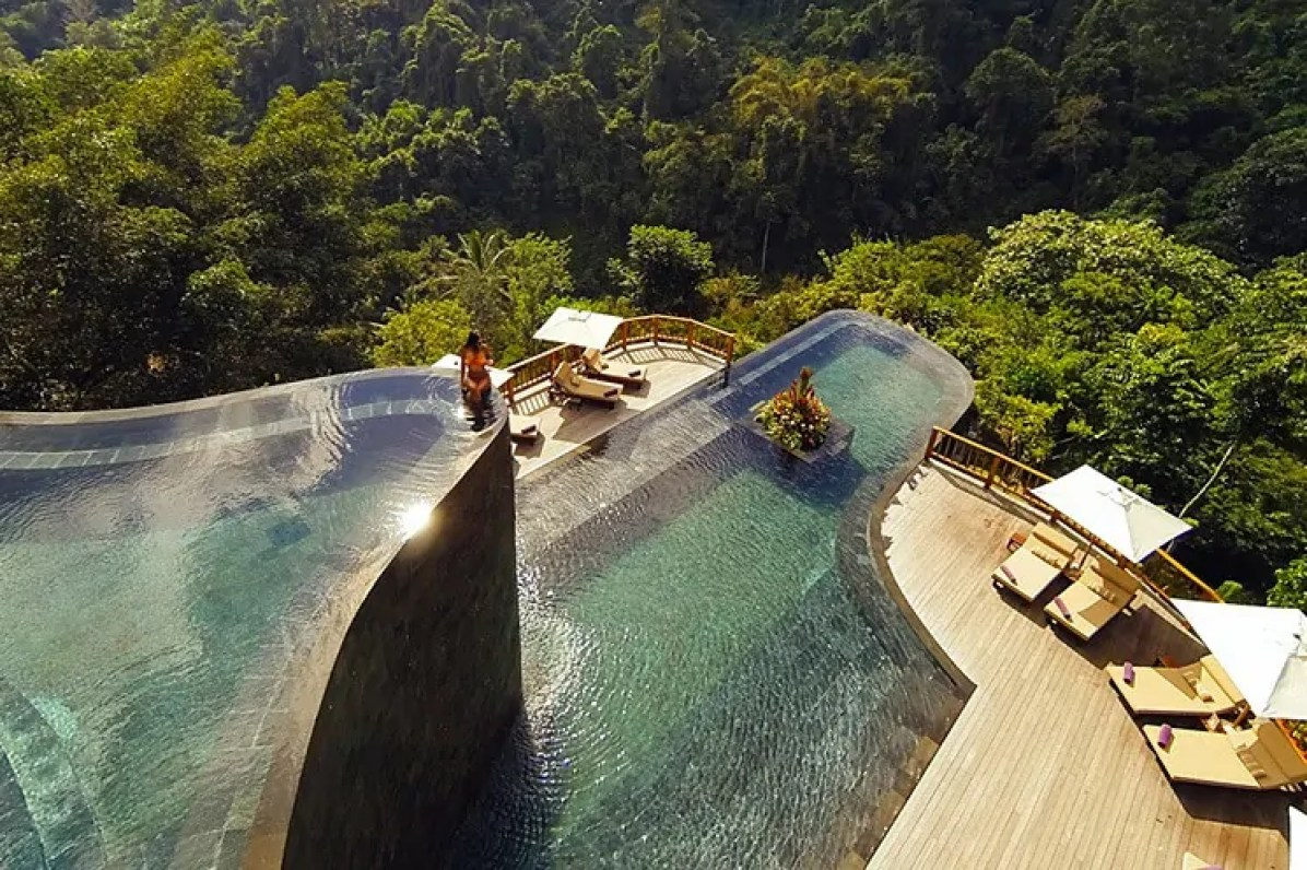 Amazing swimming pools around the world