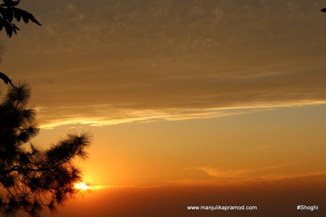 the-sunset-and-the-sky-in-shoghi