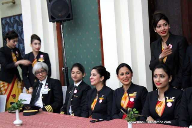 Crew members of the Air India flight Delhi -SanFrancicso-Delhi
