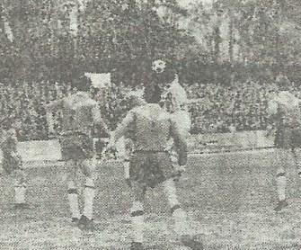 1967-Abril 23-2DGII.-Cf Badalona-0 Real Betis Balompié-3.-49Aniversario.