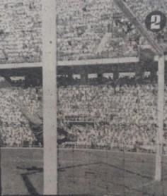 Primer gol oficial en el Sánchez Pizjuán 1958