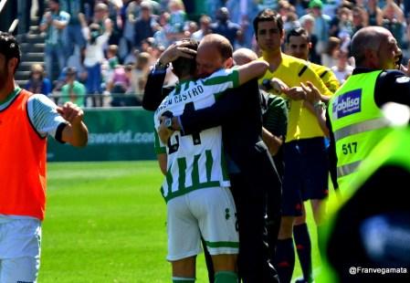 Vive la victoria del Betis-Valladolid en imágenes