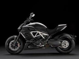 2012-Ducati-DiavelAMGSpecialEditiona